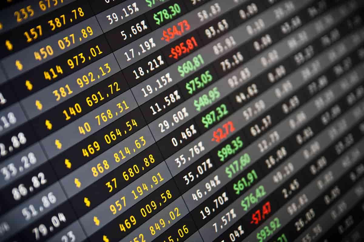 Uzyskiwanie informacji dotyczącej sytuacji prawnej, finansowej, ekonomicznej przedsiębiorstw